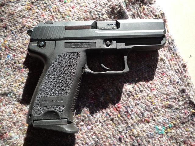 Pistolet Automatique de 9mm HK USP-C