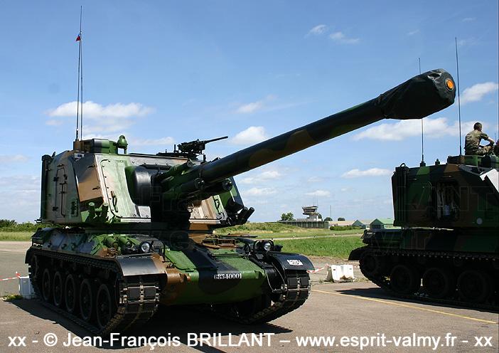 Canon automoteur de 155mm modèle F1 (155 Au F1), 6854-0001, 40e Régiment d'Artillerie ; 2008