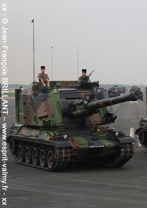 6874-0046 : Canon automoteur de 155mm Cn 155 Au F1, 40e Régiment d'Artillerie ; 2010