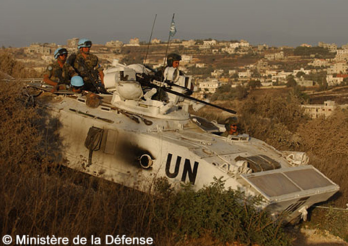 """GIAT AMX10 PH, FINUL """"renforcée"""" ; 2006"""