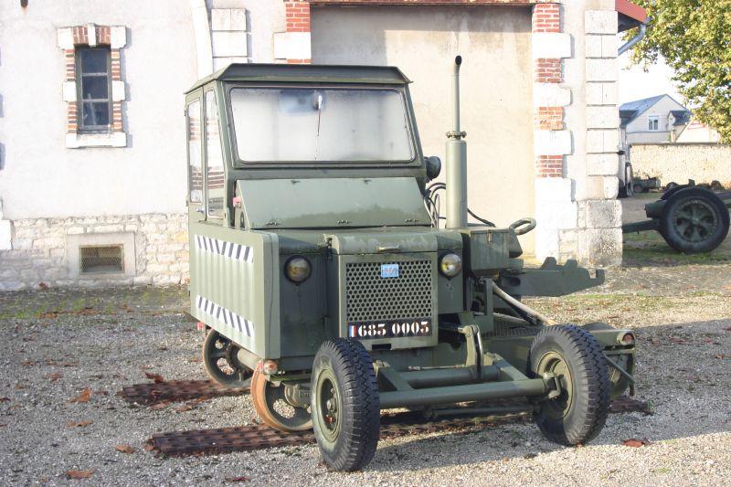 Trackmobile, 4 TMC, tracteur rail-route, 683-0003, Musée du Matériel, Bourges