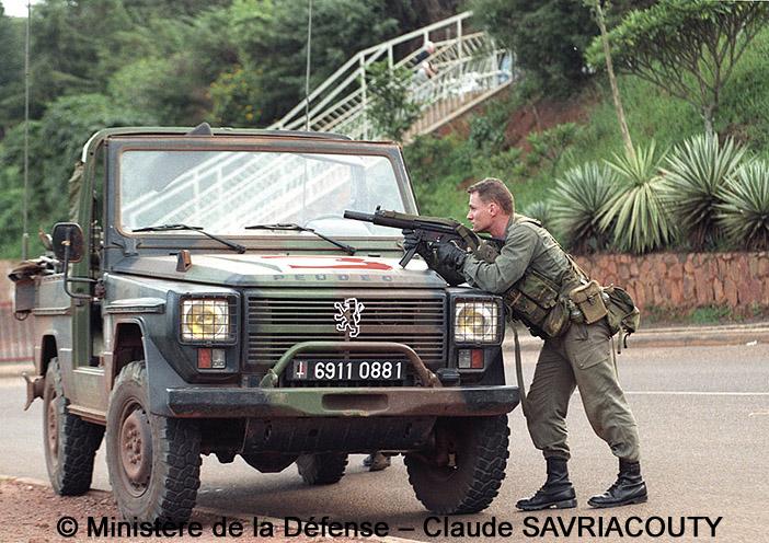 PM HK MP5 SD3, 3e Régiment Parachutiste d'Infanterie de Marine, opération Amaryllis, Kigali, Ruanda ; 1994