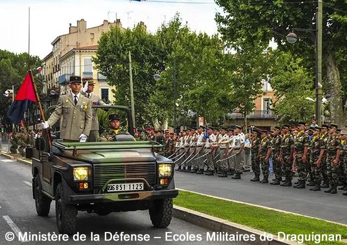 6851-1125 : Peugeot P4, Ecoles Militaires de Draguignan ; 2015
