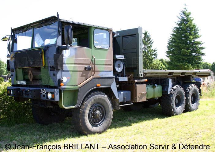 6953-0373 : Renault TRM 10.000 APD (A Plateau Déposable), 61e Régiment d'Artillerie ; 2005