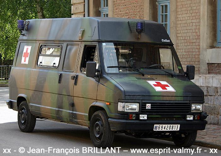 Citroën C25 1.800D, 4x4, ambulance médicalisée, 6942-0813 ; 601e Régiment de Circulation Routière