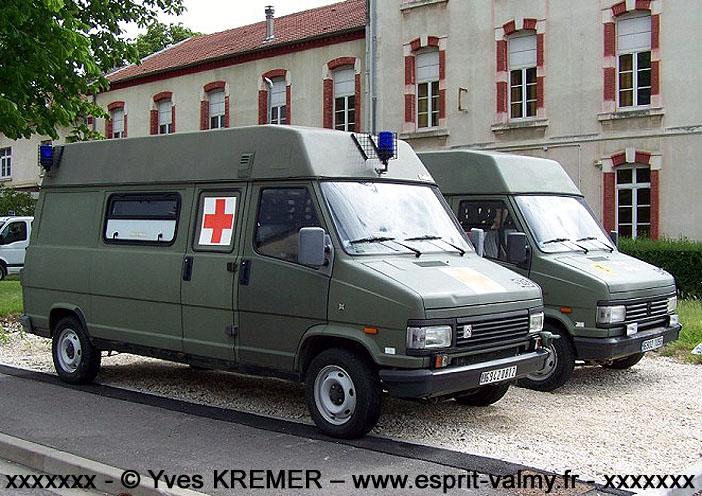 Citroën C25 1.800D, 4x4, ambulance médicalisée, 6942-0812 ; 516e Régiment du Train
