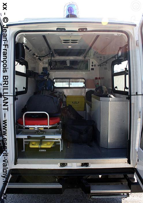 Defender 130 Td5, Ambulance de Réanimation, 9062-0041 ; Base Pétrolière Inter-Armées