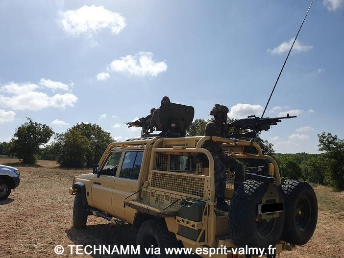 """Masstech """"Barkhane"""" : essais de tir aux armes de bord"""