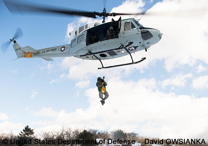 """Utility, non standard aircraft, basic mission : UH-1D """"Iroquois"""""""