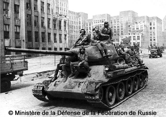 Танк (char) : T-34