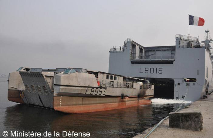 EDA-R (Engin de Débarquement Amphibie Rapide), L9093, Côte d'Ivoire, opération Corymbe ; 2014