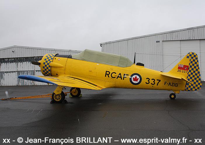 "Canadian Car and Foundry ""Harvard"" Mk4, F-AZIG ; 2010"